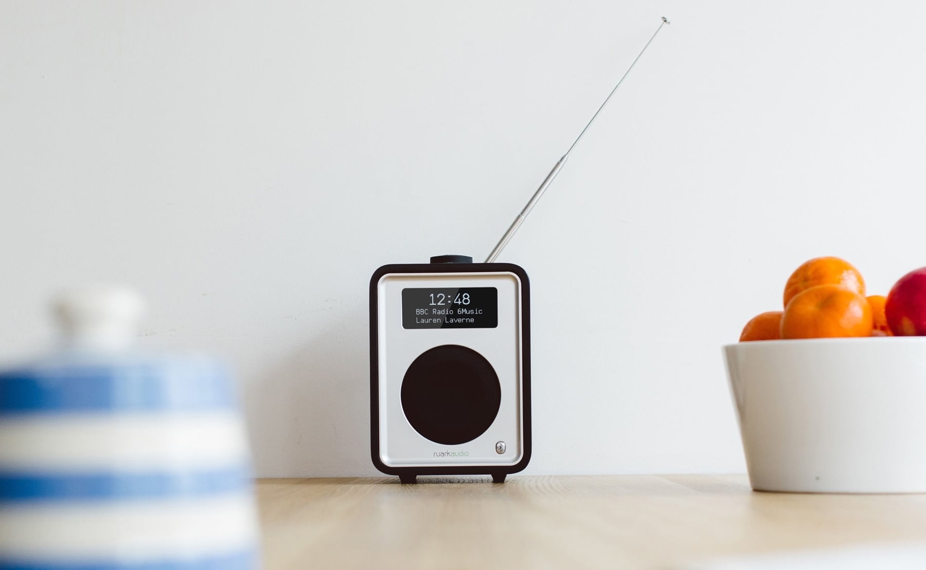 Ruark Audio R1 Deluxe Bluetooth Radio DAB OLED Stereo provides a simple, informative display