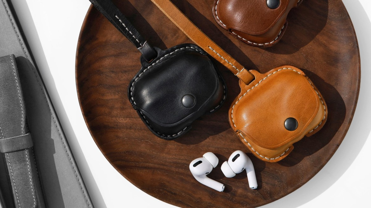 Shechane Leather AirPods Case Handmade Cover with Strap keeps your earbuds together and safe
