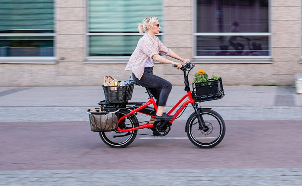 Tern+HSD+Mini+Electric+Folding+Bike+is+a+compact+cargo+carrier