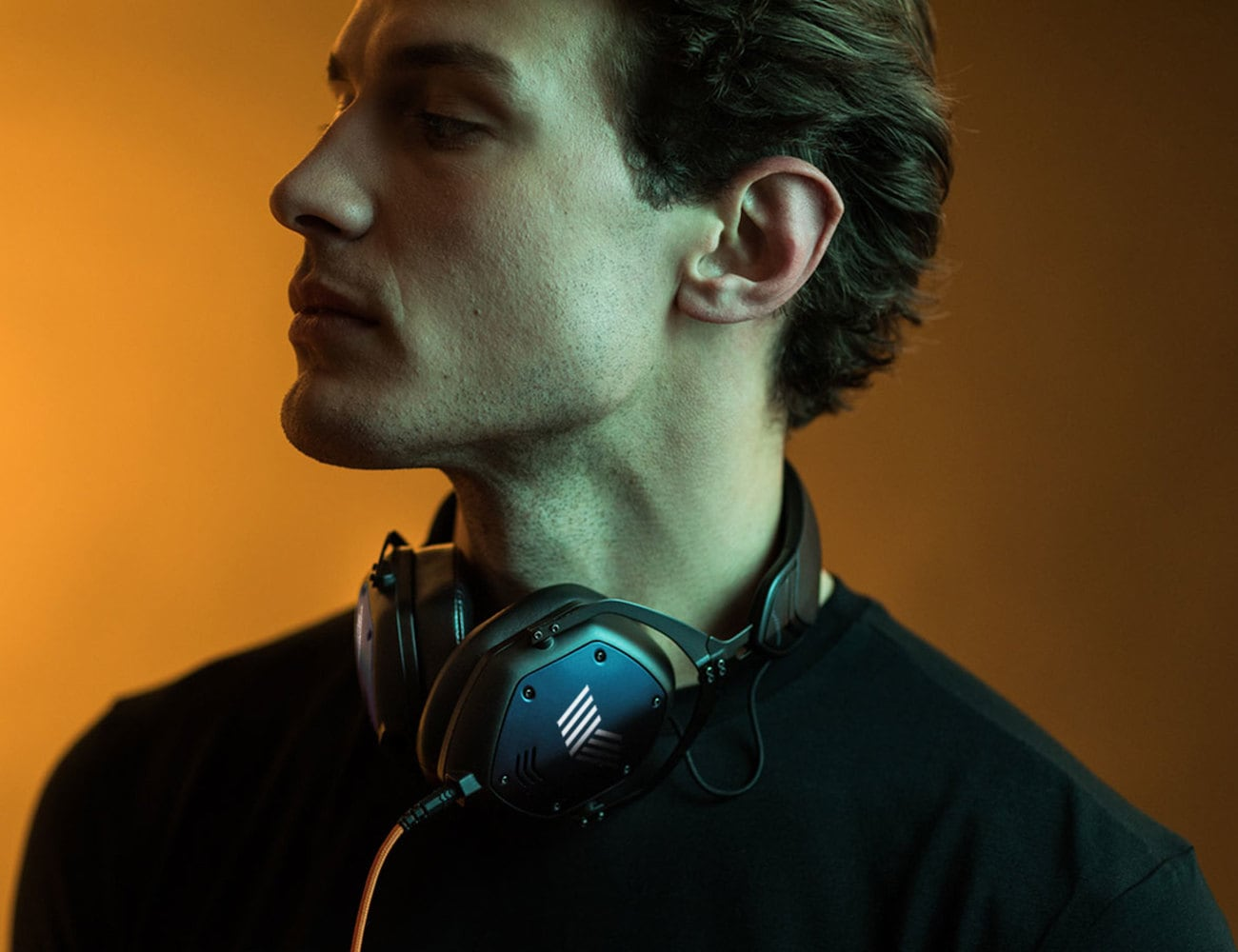 V-MODA Crossfade M-100 Master High-Resolution Audio Headphones provide detailed and clear sound
