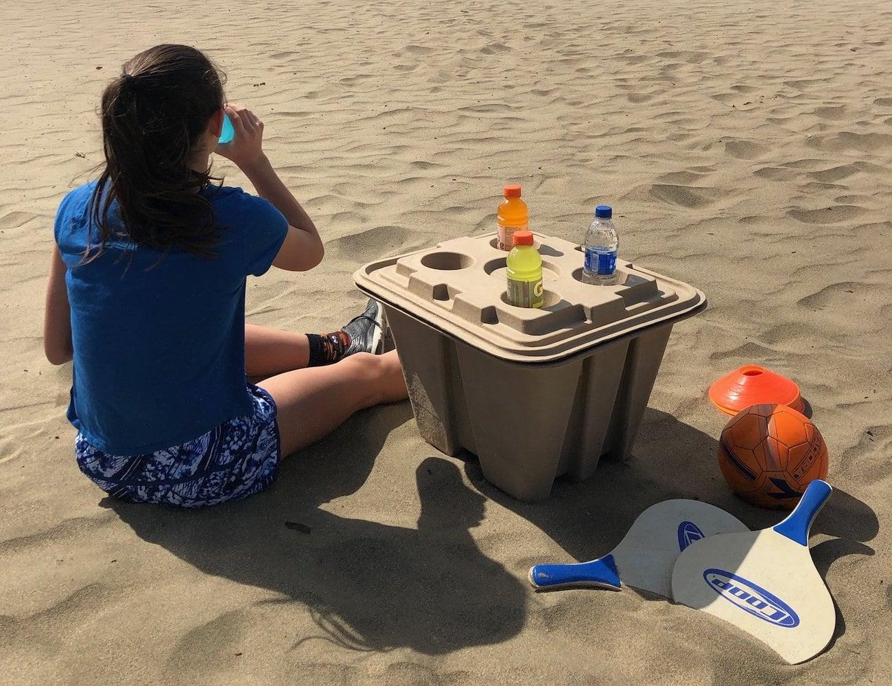 Vericool Ohana Cooler Recyclable and Biodegradable Cooler is a lightweight Styrofoam replacement