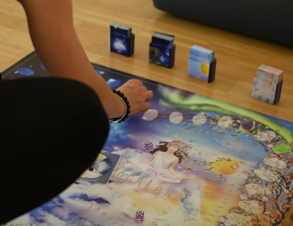 The best board games for adults who love to play - Yogaland 02