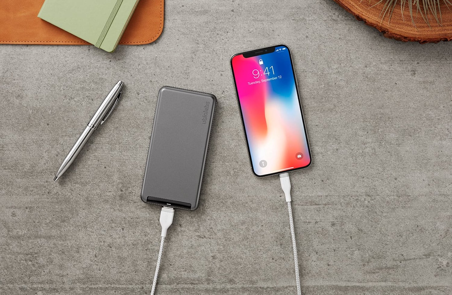 The best iPhone power bank for your summer vacation