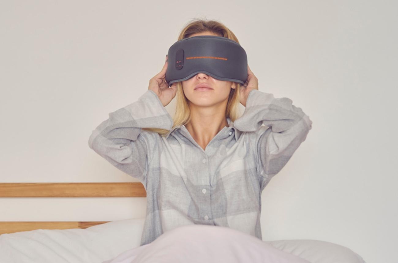 10 Sleep tech gadgets to help you get some shuteye - Dreamlight 03
