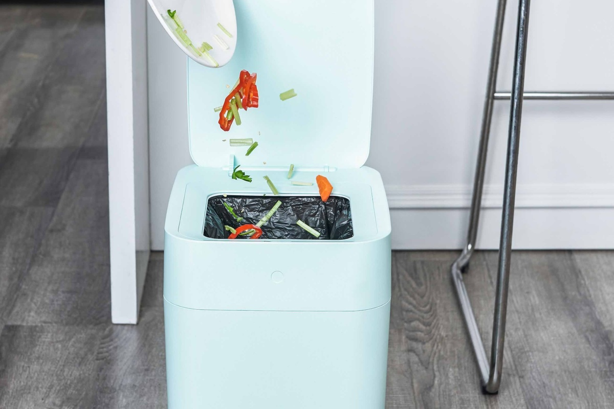 townew makes taking out the trash easy and more hygienic