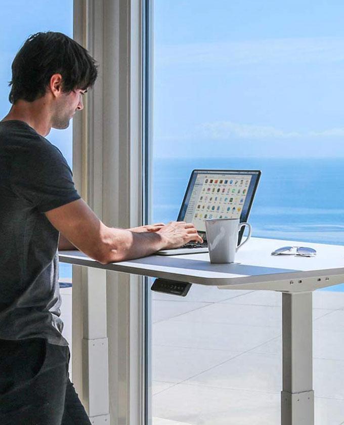 SmartDesk+2+Business+Edition+Standing+Desk