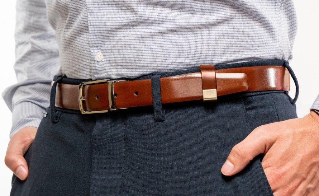 Beltpin+Detachable+Belt+Loop+keeps+your+outfit+looking+put+together