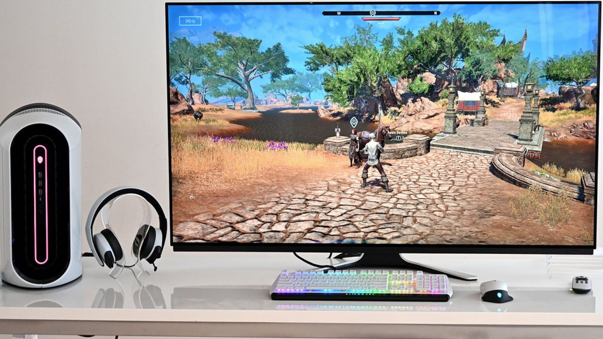 Dell Alienware 55 OLED Gaming Monitor immerses you in the game with half-millisecond response time