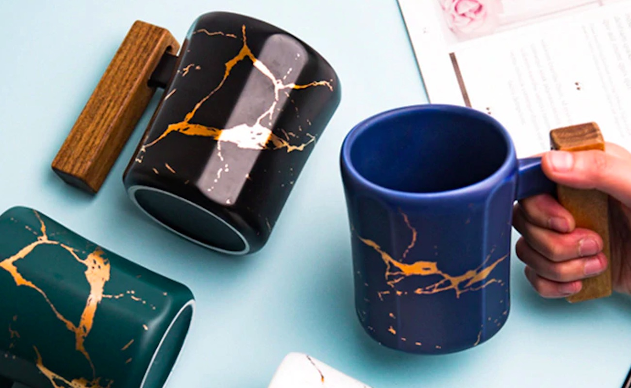Entertime Nordic Style Gold Marble Coffee Mug holds plenty of coffee