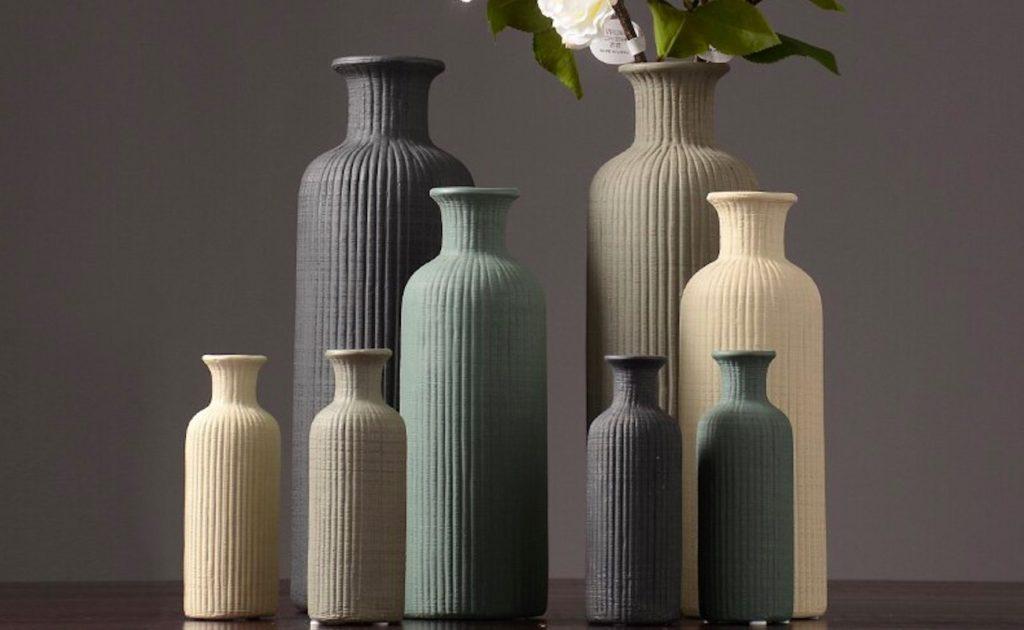 European+Ceramic+Vase+Ridged+Flower+Holder+adds+rustic+charm