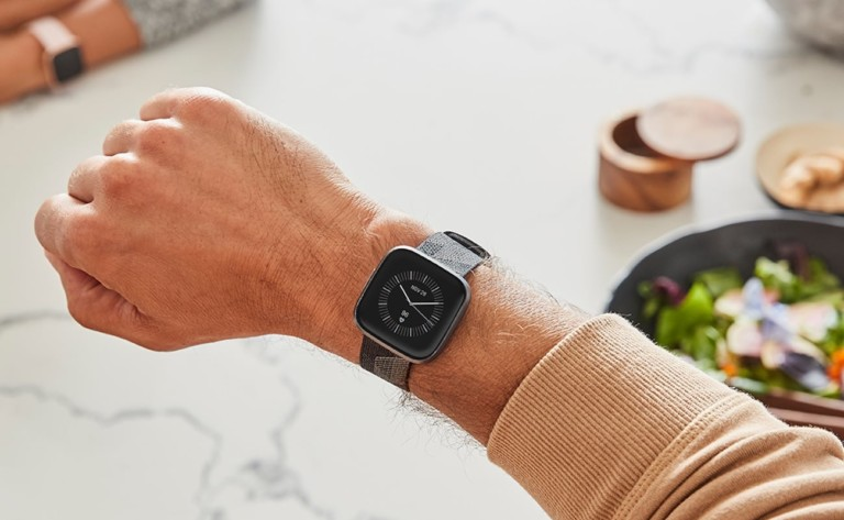 Fitbit Versa 2 Health and Fitness Smartwatch offers built-in Alexa for all-around control