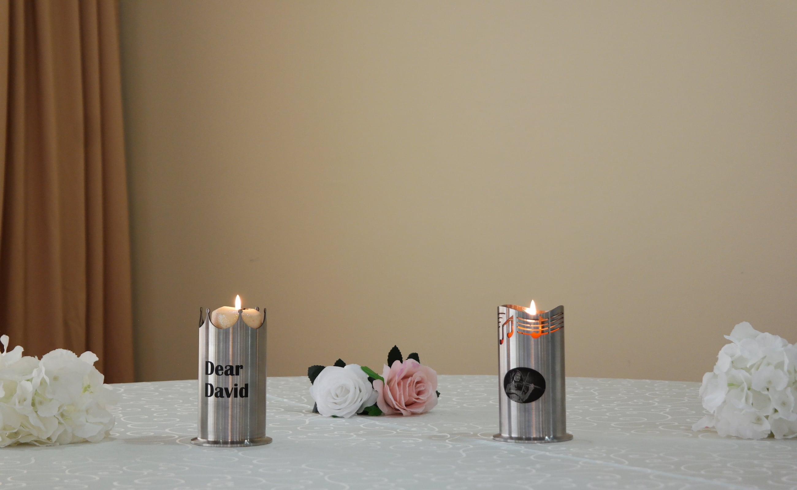 Glorious Flame Level Adjusting Candlestick keeps the flame in sight loading=