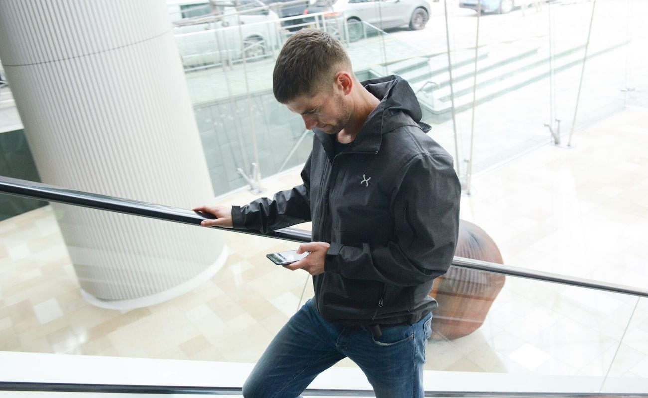 Graphene-X Three-Layer Graphene Jacket uses high-performance materials and technology
