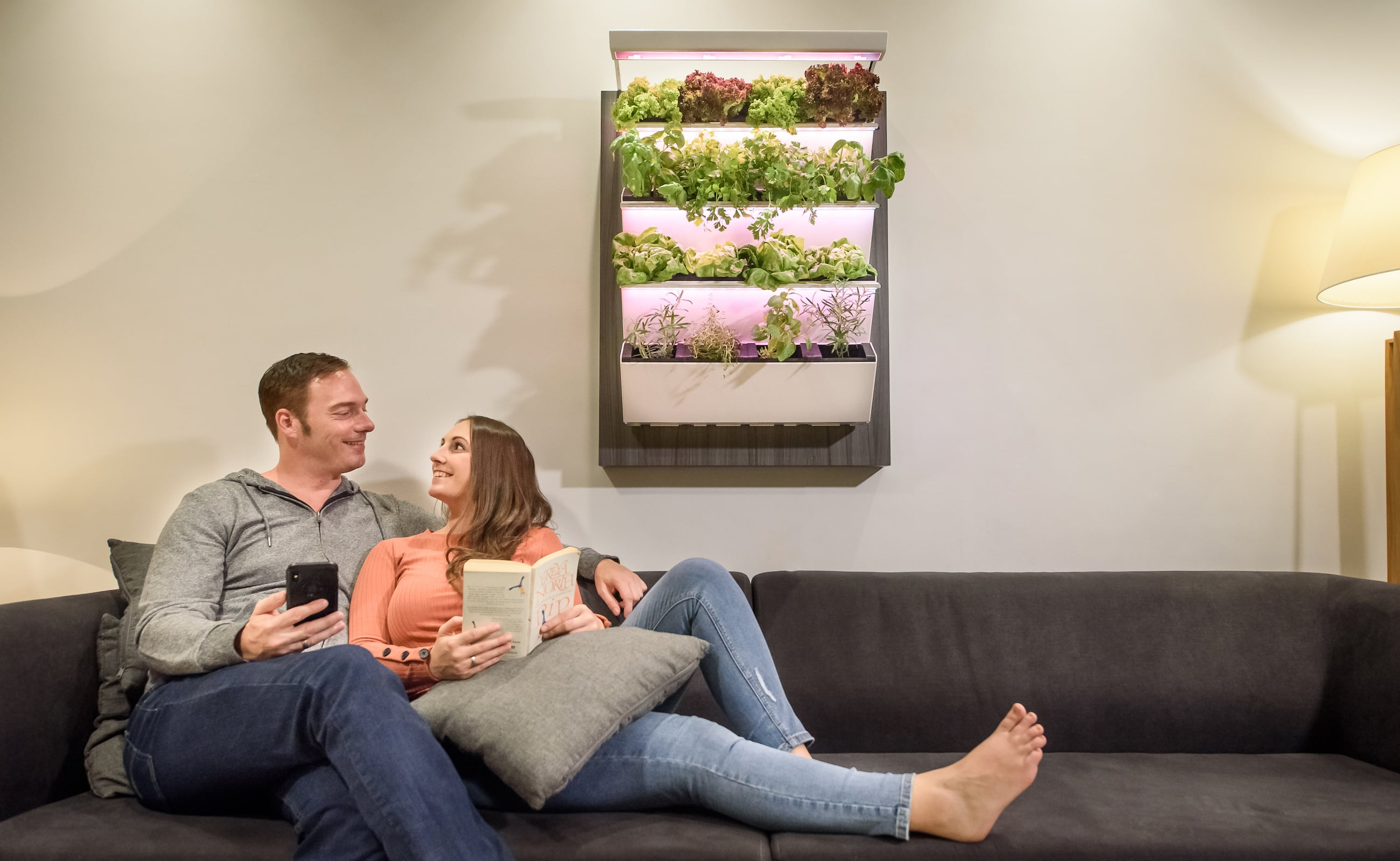 Herbitat Smart Hydroponic Indoor Garden lets you grow your own produce easily at home