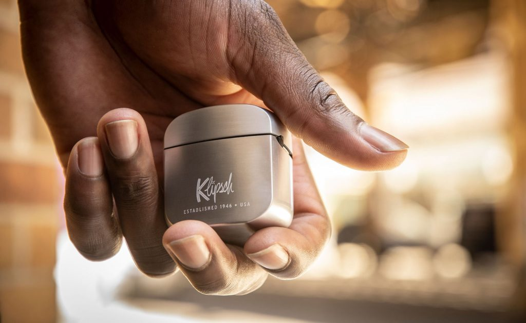 Klipsch+T5+True+Wireless+8-Hour+Headphones+have+oval+ear+tips+for+true+comfort