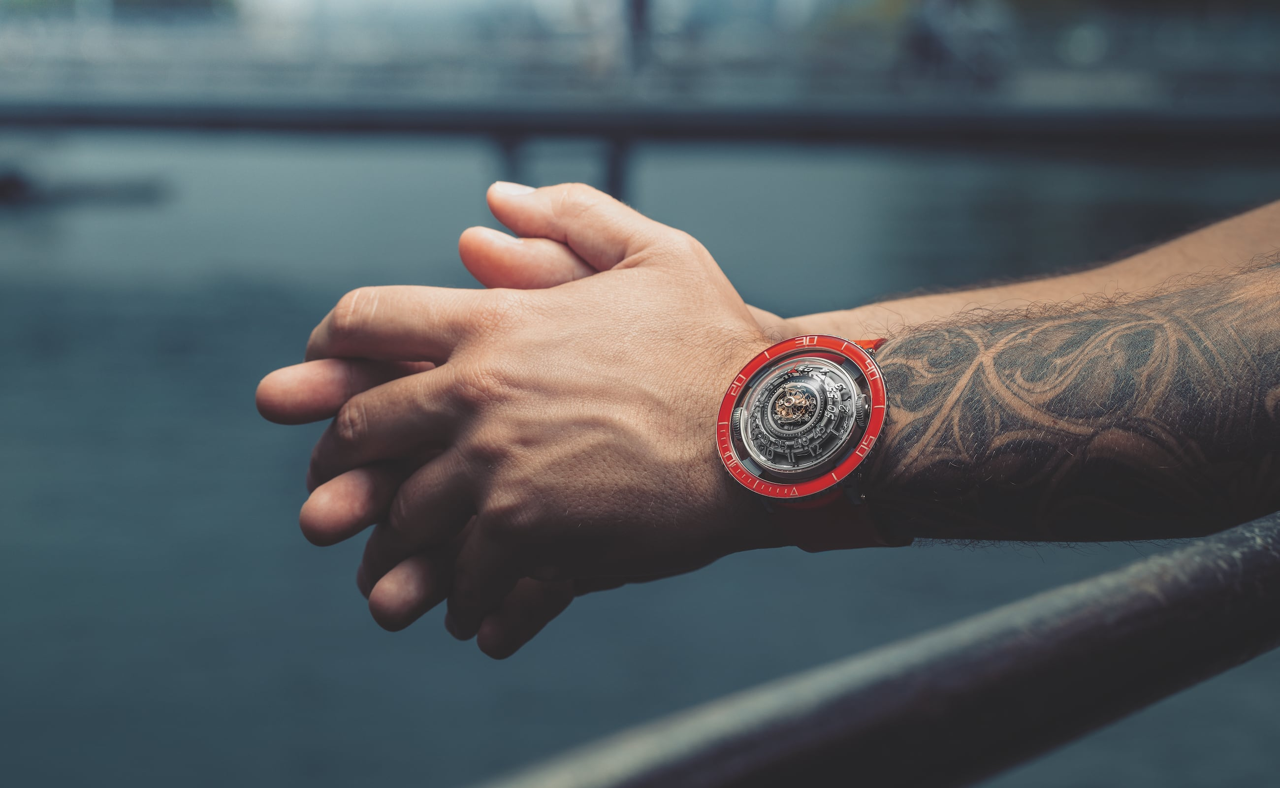 MB&F HM7 Aquapod Jellyfish-Inspired Watch imitates ripples in the water