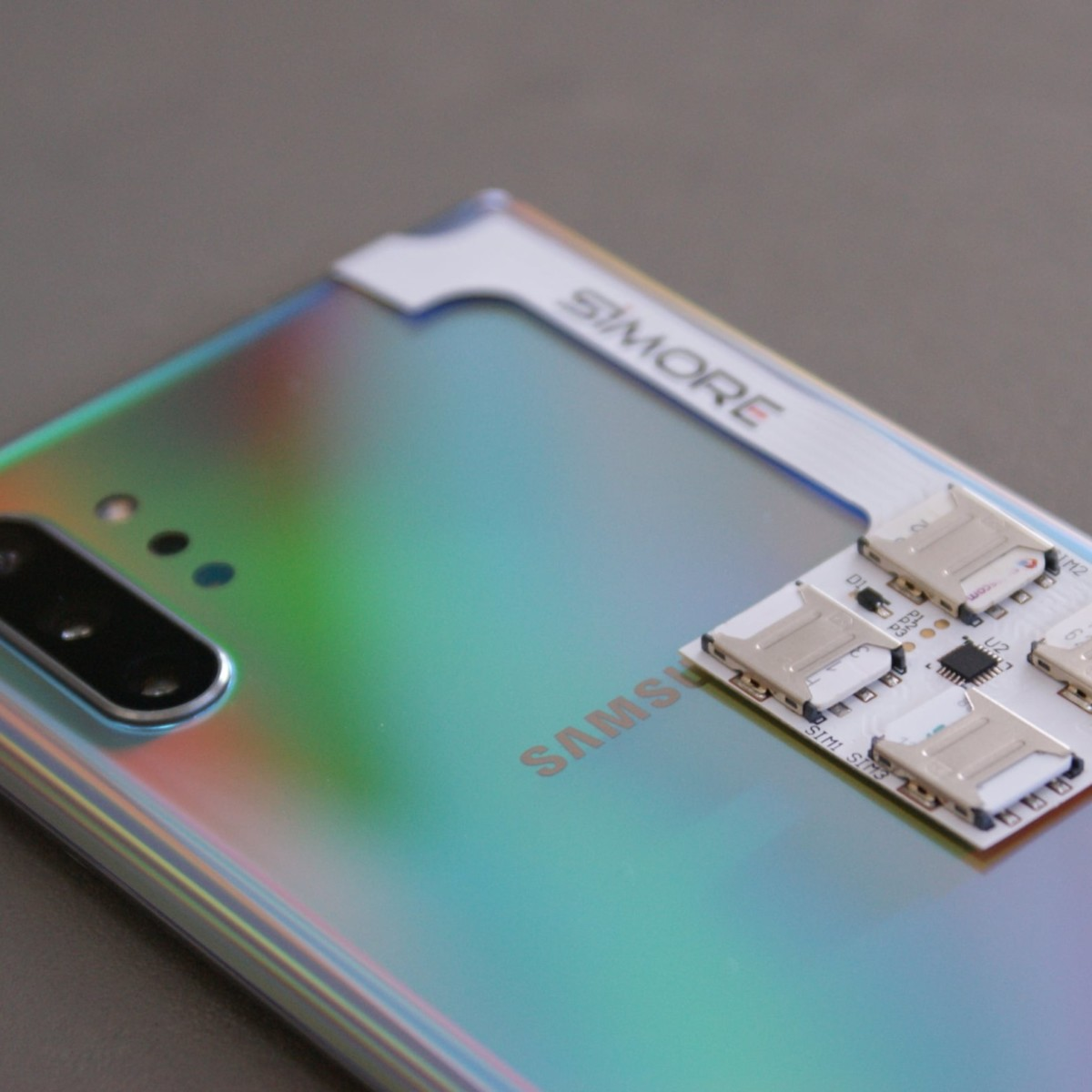SIMore Speed ZX-Four Samsung Galaxy Multi-SIM Adapter lets you use up to five SIM cards in one smartphone