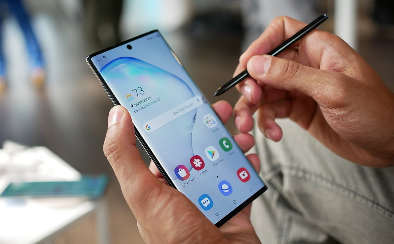 Samsung Galaxy Note10 and Note10+ provide two screen size options