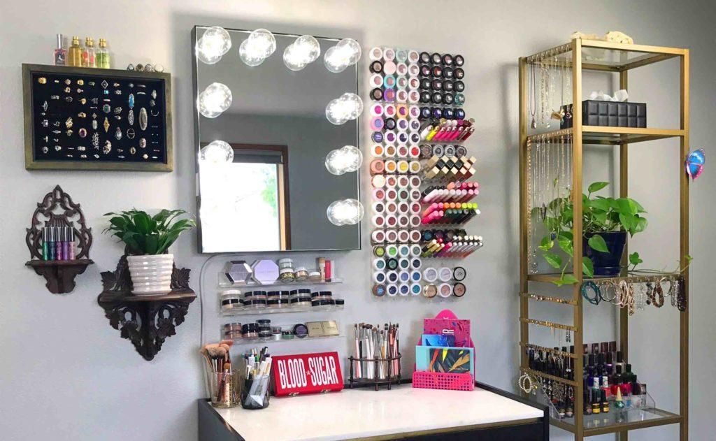 Shadow+Rack+Modular+Makeup+Organizer+will+transform+your+space
