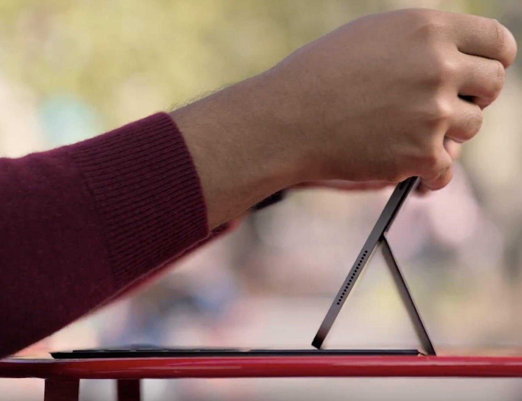 Smart Keyboard Folio for iPad Pro