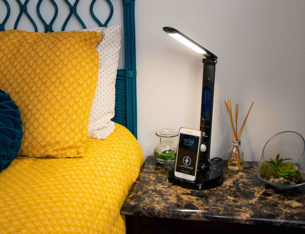 Smart lamp vs. smart light switch - which one should you buy - LumiCharge II 01