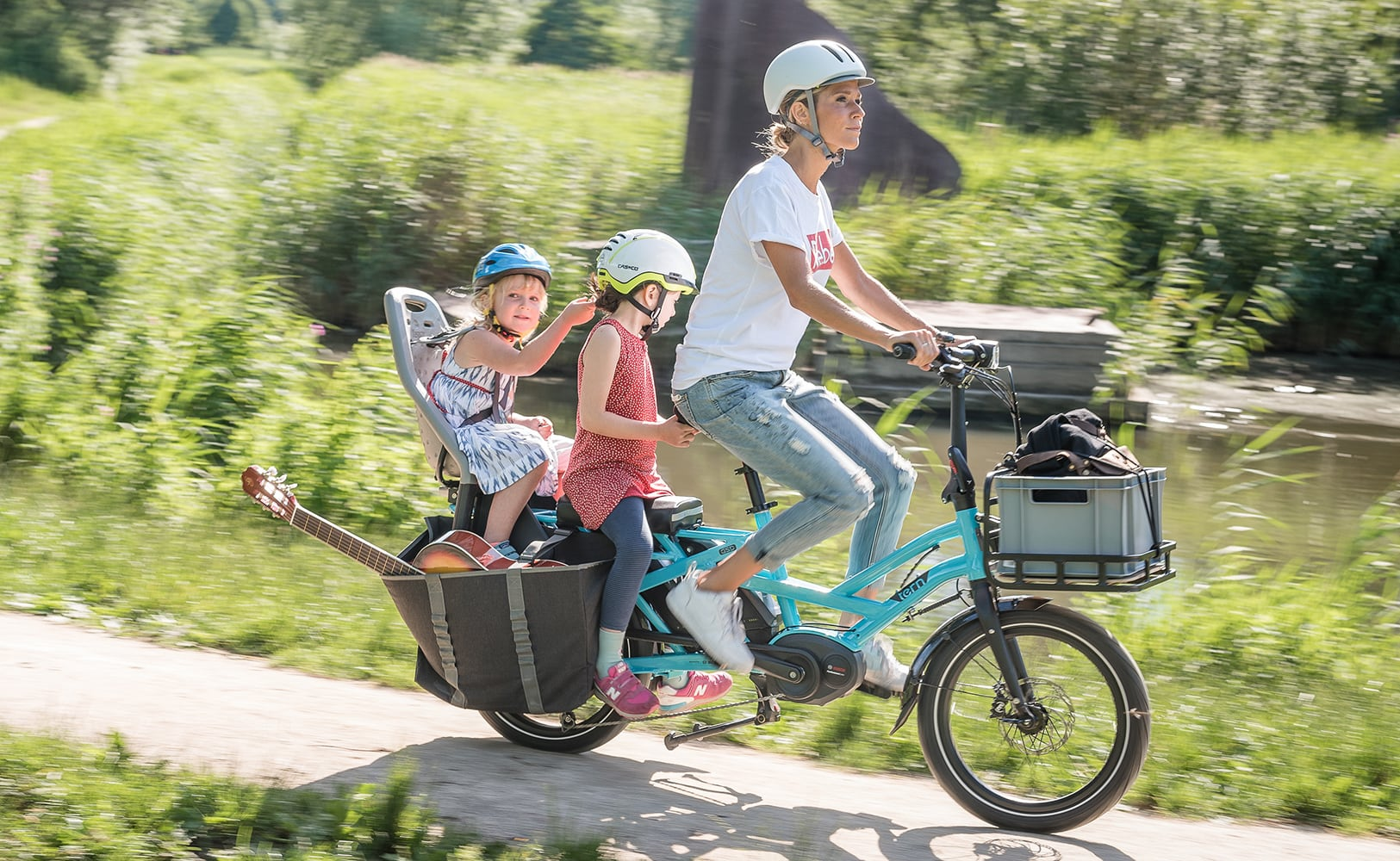 Tern GSD Compact Electric Cargo Bike is built for your whole family and their gear loading=
