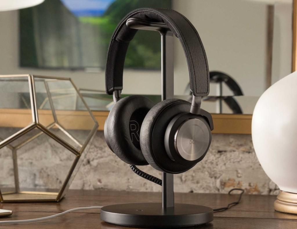 Twelve South Fermata Wireless Headphone Charging Stand