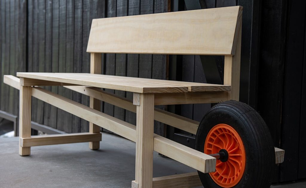 Weltevree+Wheelbench+Mobile+Outdoor+Bench+gives+you+the+freedom+to+relax+anywhere