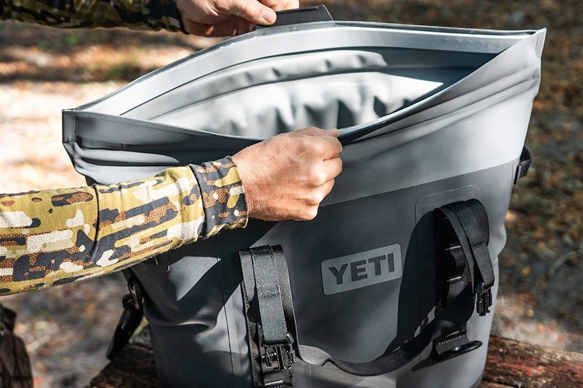 Yeti Hopper M30 Durable Soft Cooler has a magnetic wide-mouth opening