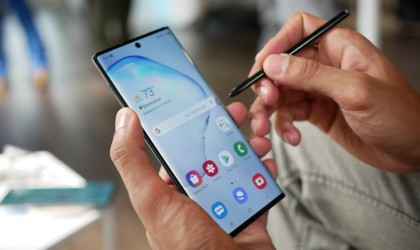 10 Best smartphones that are as good as the iPhone - Samsung Galaxy Note10 03