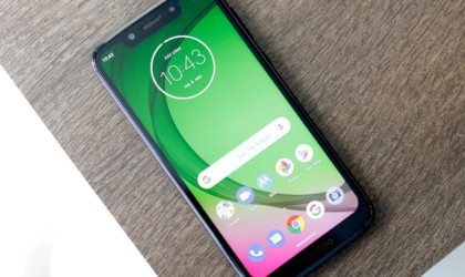 10 Best smartphones that are as good as the iPhone - Motorola Moto G7 02