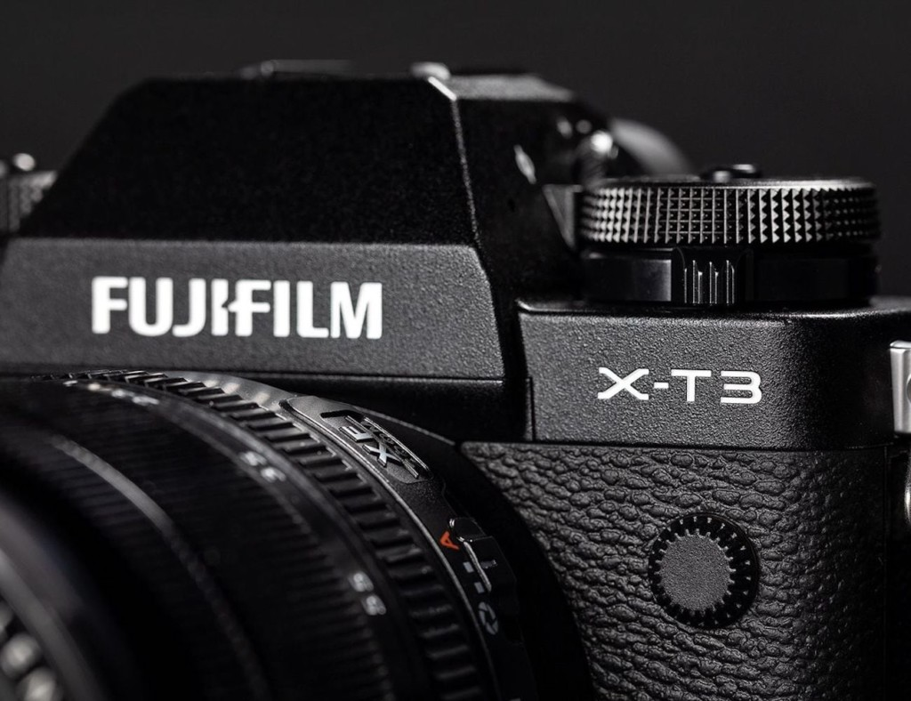 What is the best travel camera 2019 - Fujifilm XT3 01