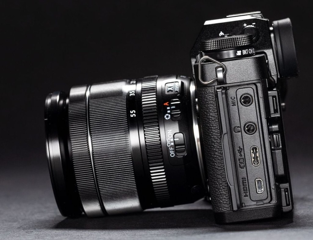 What is the best travel camera 2019 - Fujifilm XT3 02