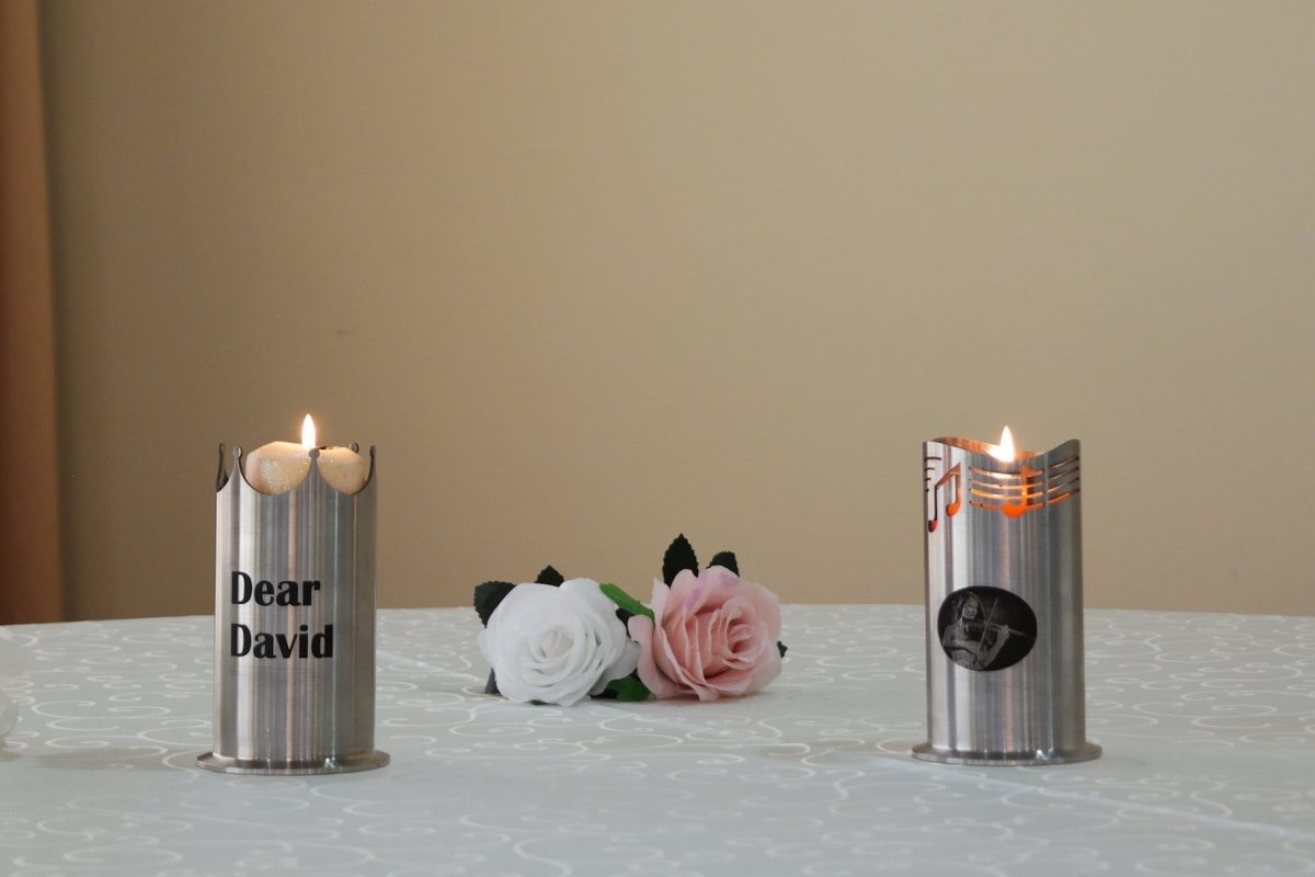 Create your own romance with the Glorious Candlestick