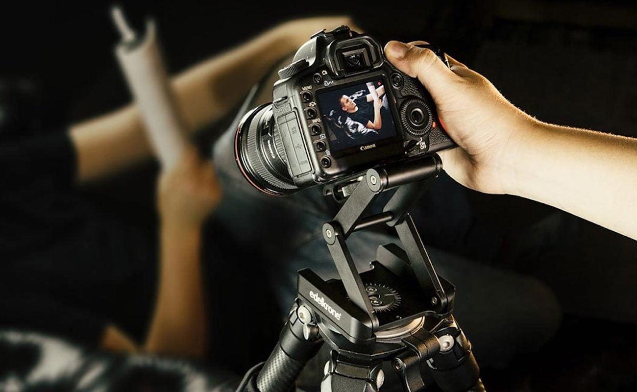 edelkrone FlexTILT Head 2 Camera Positioning Solution gives you greater pan and tilt freedom
