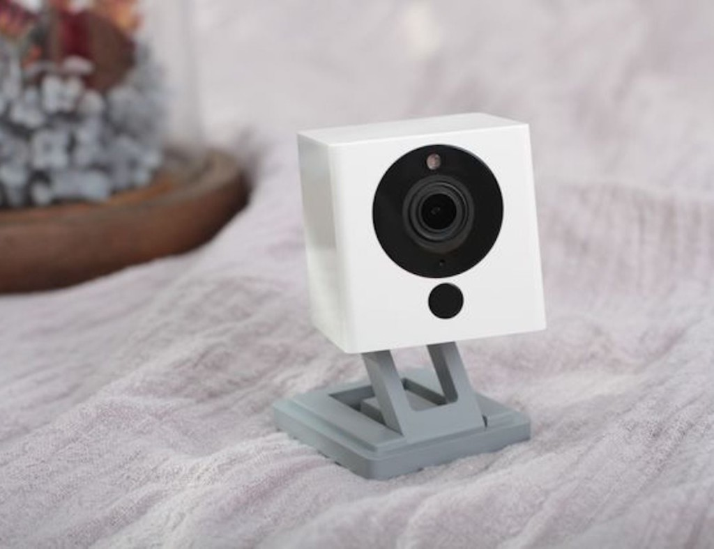Our favorite HD security cameras to monitor your home - Neos SmartCam 01