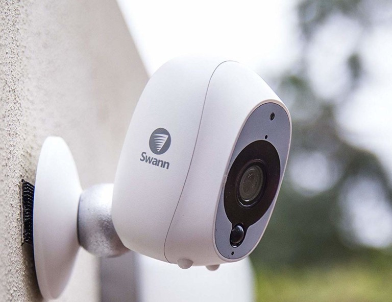 Our favorite HD security cameras to monitor your home - Swann 03