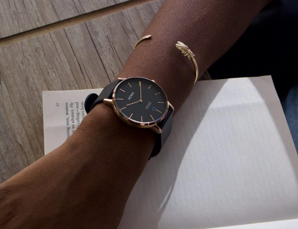 The best minimalist smartwatch designs of 2019 - NOWA Shaper 01
