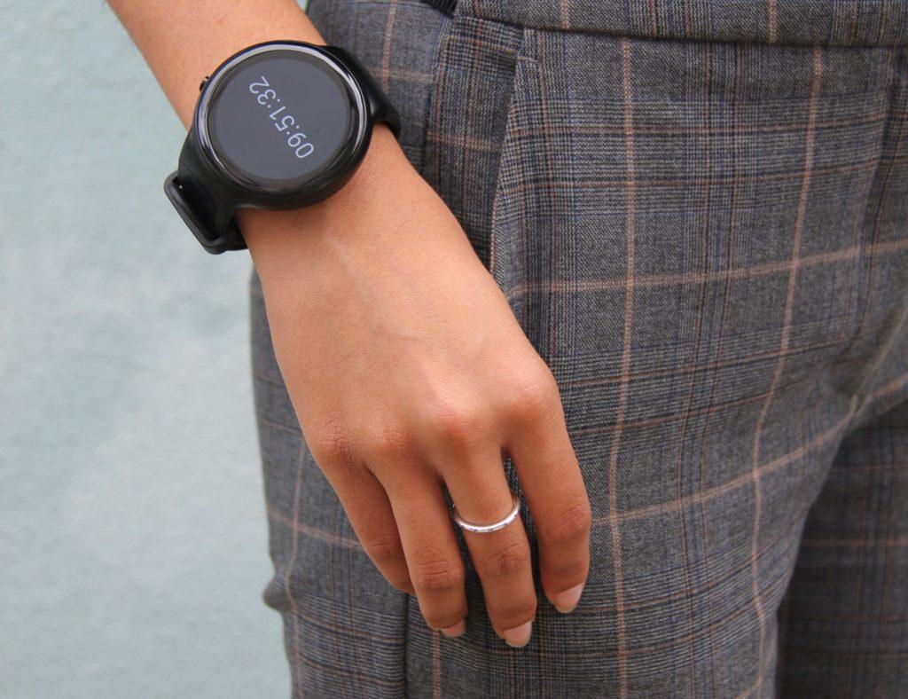 The best minimalist smartwatch designs of 2019 - emit 01