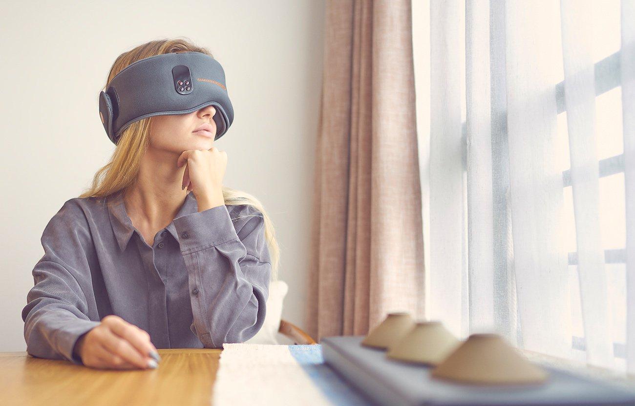Should you buy a sleep training headset? - Dreamlight Pro 02