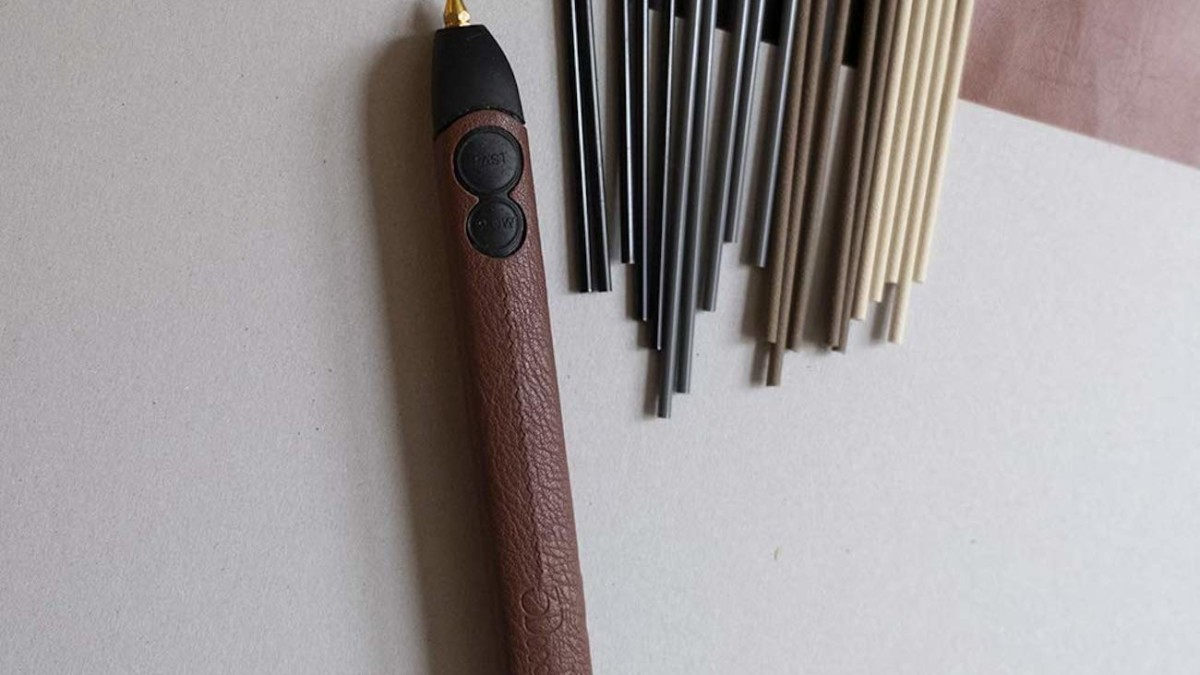 3Doodler Create+ Leather 3D Pen offers smooth 3D drawing ability