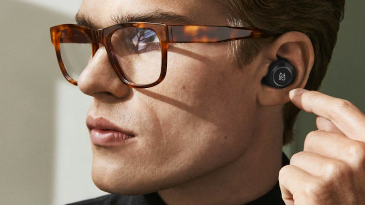 8 Earbuds that will last you all day (and night)