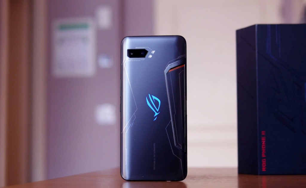 ASUS+ROG+Phone+2+Ultimate+Edition+Smartphone+includes+1+TB+of+storage