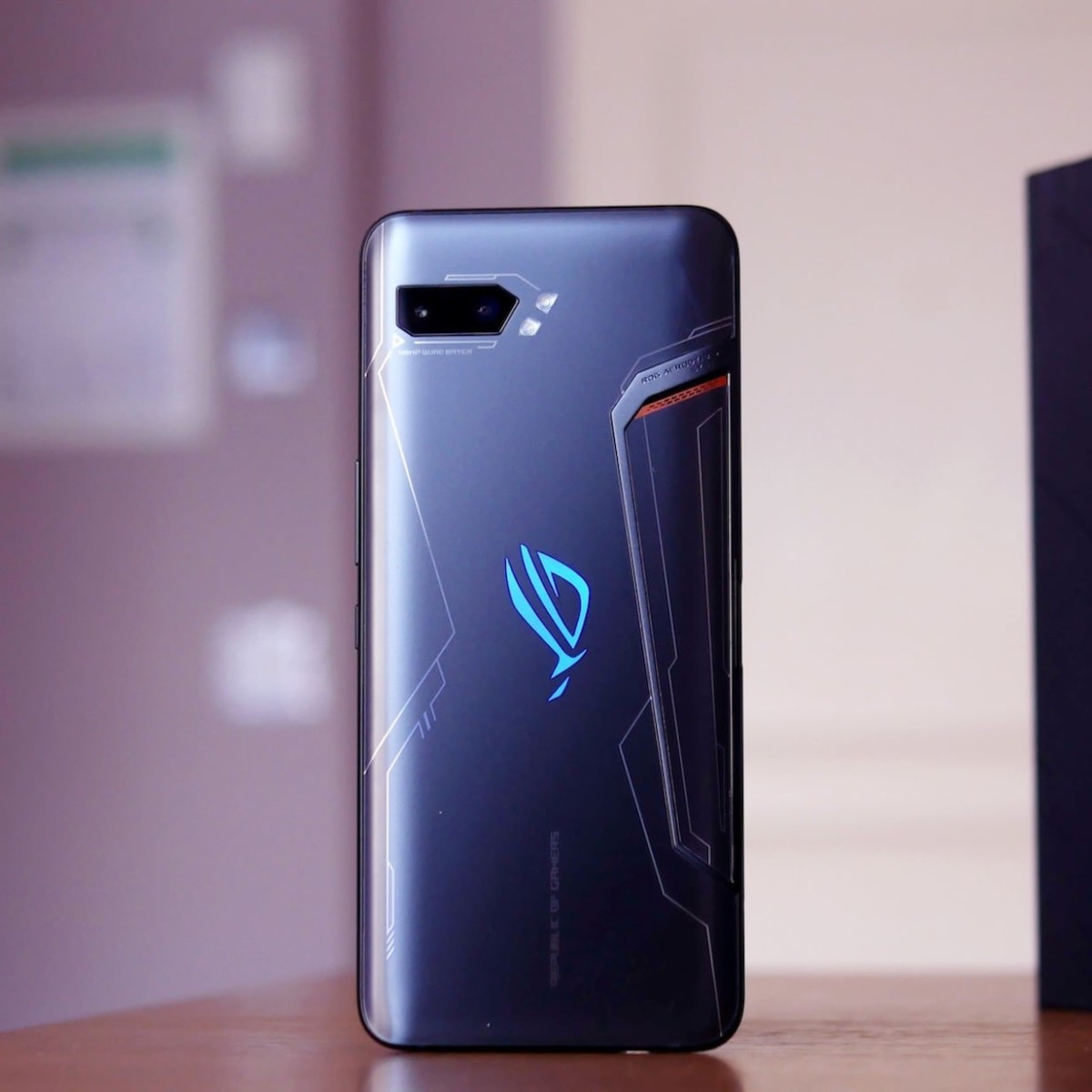 ASUS ROG Phone 2 Ultimate Edition Smartphone includes 1 TB of storage