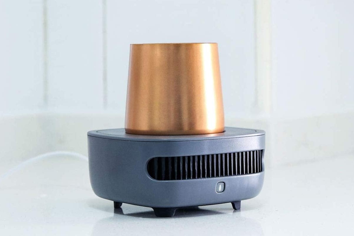 Allocacoc CupCooler Instant Drink Chiller keeps your beverage cold until the last drop