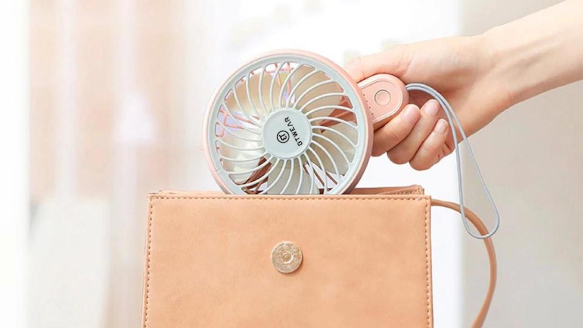 BTwear Mini Portable Handheld USB Fan lets you cool down anywhere