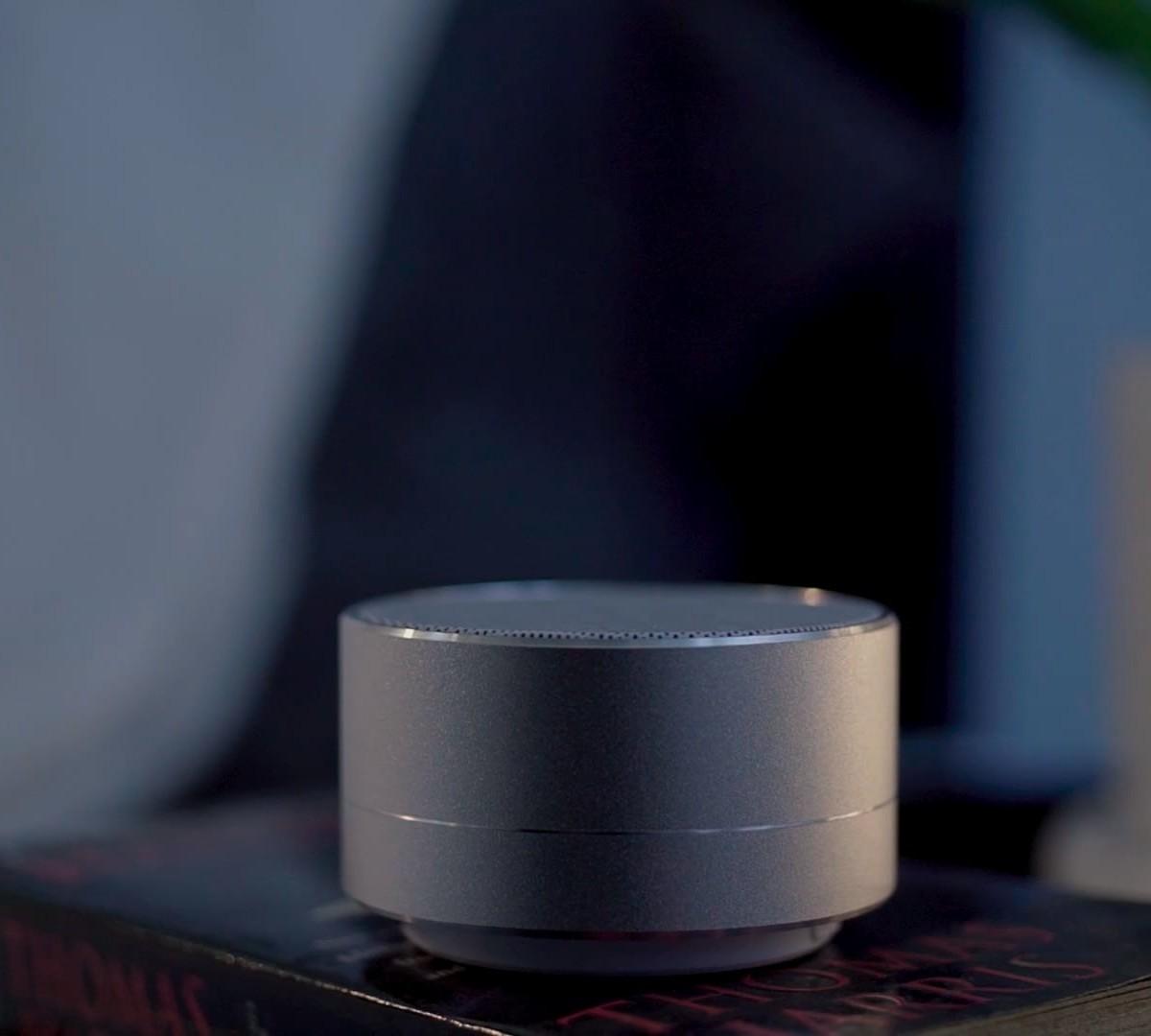 Banala Lite Sleep Cycle Inducing Device helps you fall into a deep sleep with just one push