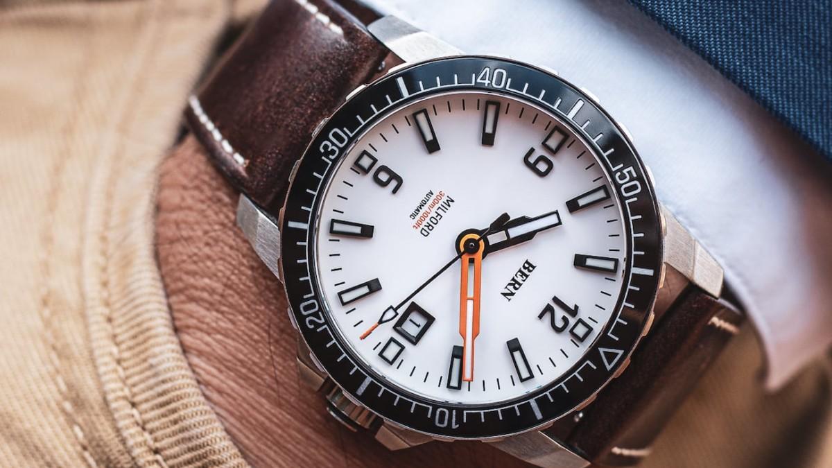 Bern Milford Diver Mechanical Watch Series can go as deep as 1,000 feet