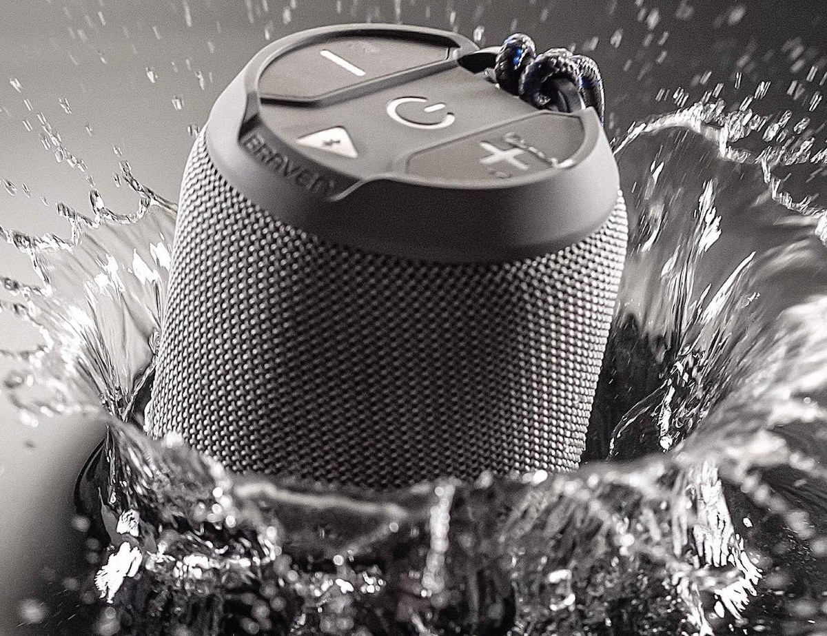 Braven BRV-MINI Portable Rugged Speaker floats on its own so you don't lose it