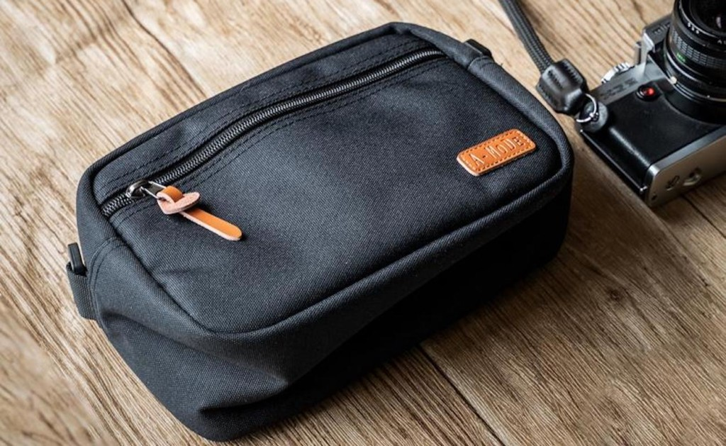 Camera+Bag+Waterproof+Nylon+Gear+Holder+protects+your+important+equipment